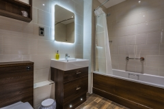 Classic Twin Bathroom at The White Hart Hotel, Eatery and Coffee House, Boston