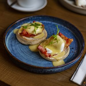 Breakfast-Menu-White-Hart-Royal-Food-Eatery-Restaurant-Cotswolds[1]
